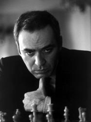 Garry Kasparov (Dünya Şampiyonu: 1985 – 1993, PCA Dünya Şampiyonu: 1993 – 2000)