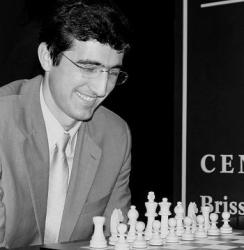 Vladimir Kramnik (Klasik Dünya Şampiyonu: 2000-2006, Mutlak Dünya Şampiyonu: 2006-2007)